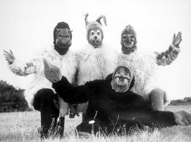 The Beatles 1967 - I Am The Walrus