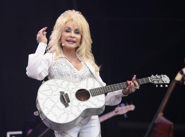 Dolly Parton Glastonbury 2014