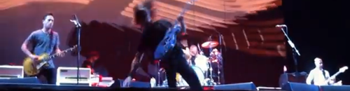 Dave Grohl takes a tumble