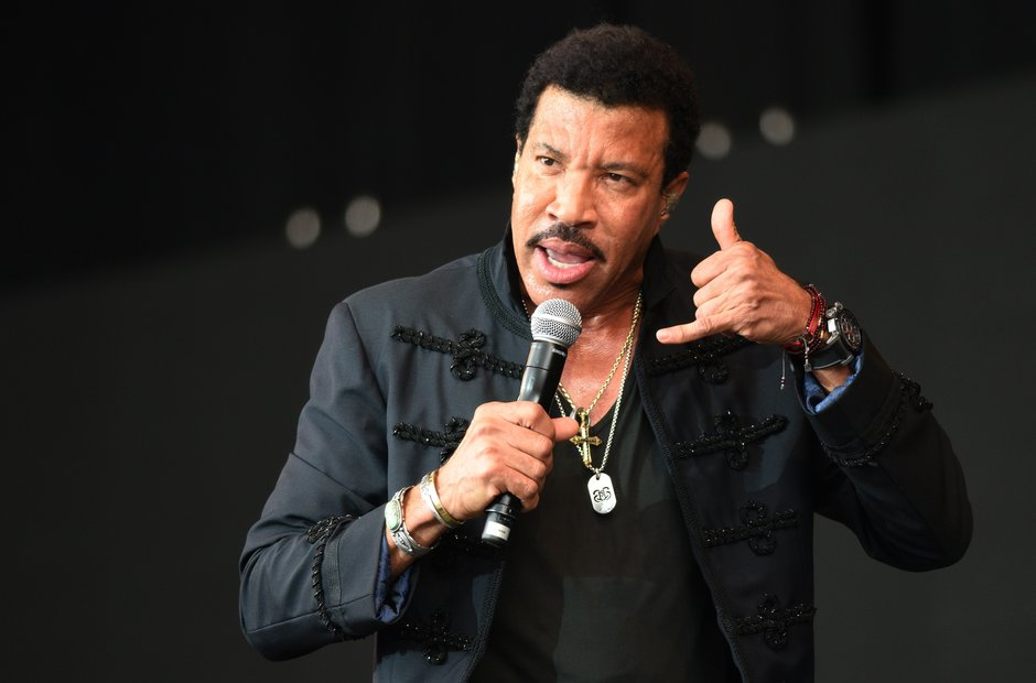 Glastonbury 2015 - Sunday: Hello? Is it Lionel Ric