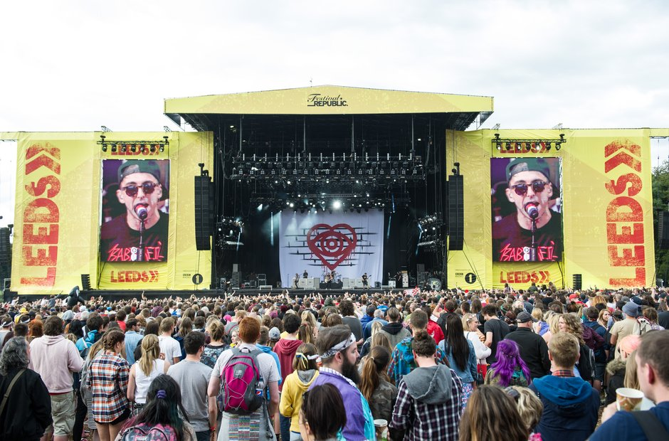 Leeds Festival 2015 Saturday  - stage and crowd