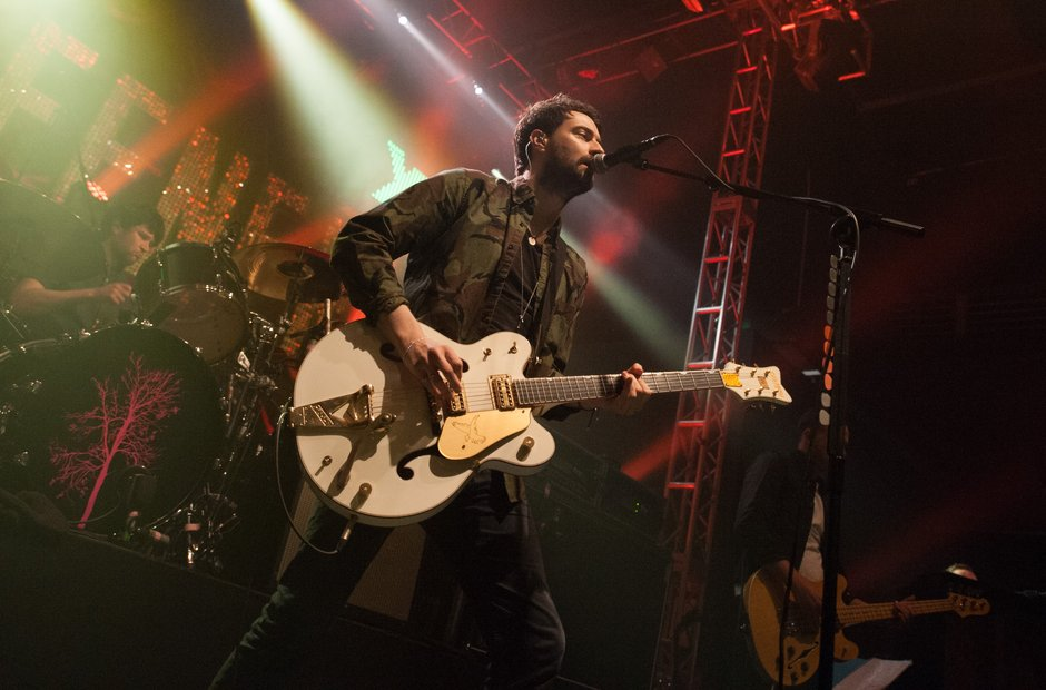 Liam Fray conducts the singalong in Leeds