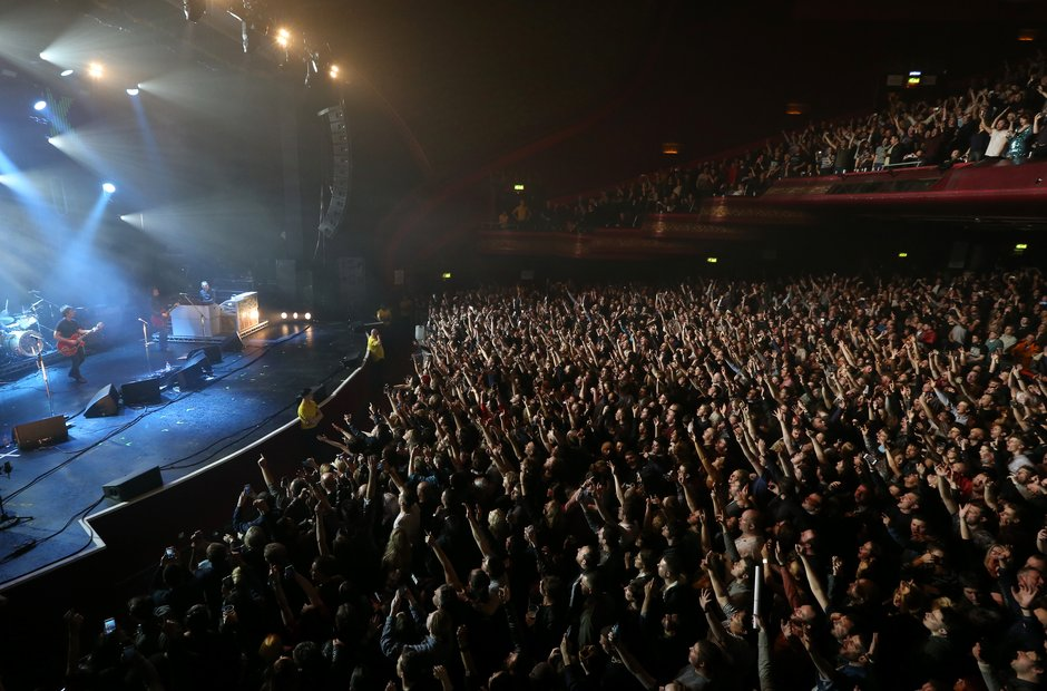 The crowd at the O2 Apollo Manchester