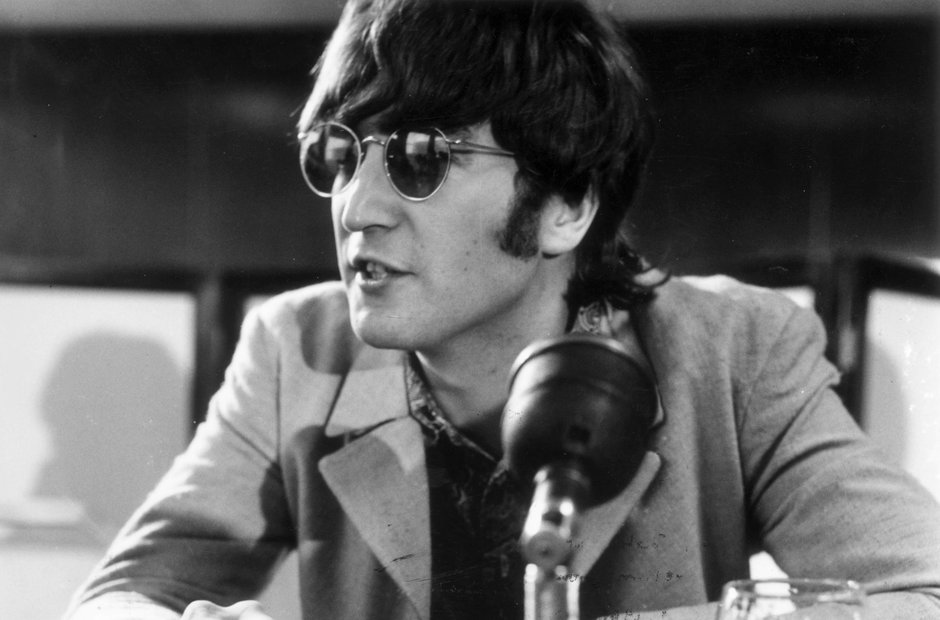 Ten Of The Most Inspiring And Evocative John Lennon Lyrics - Radio X