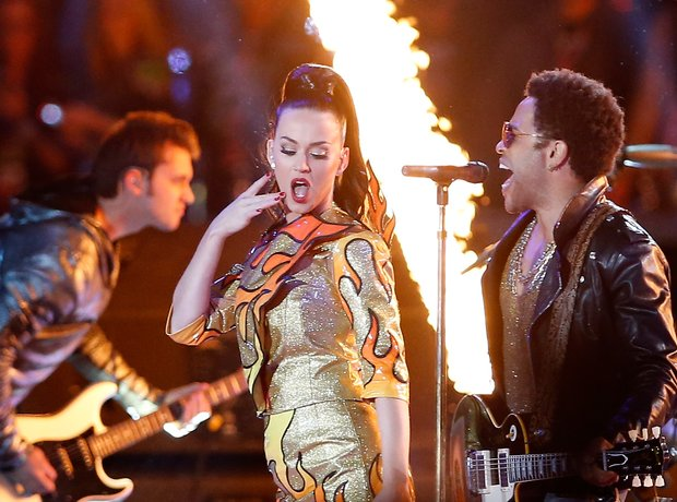 Superbowl 2015 Lenny Kravitz and Katy Perry