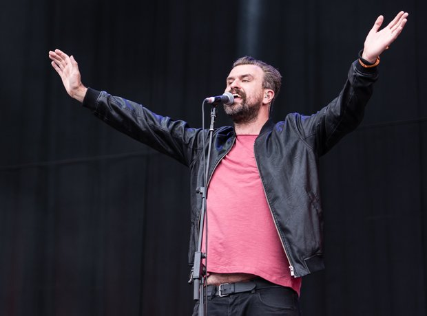 Reverend And The Makers at Isle Of Wight Festival