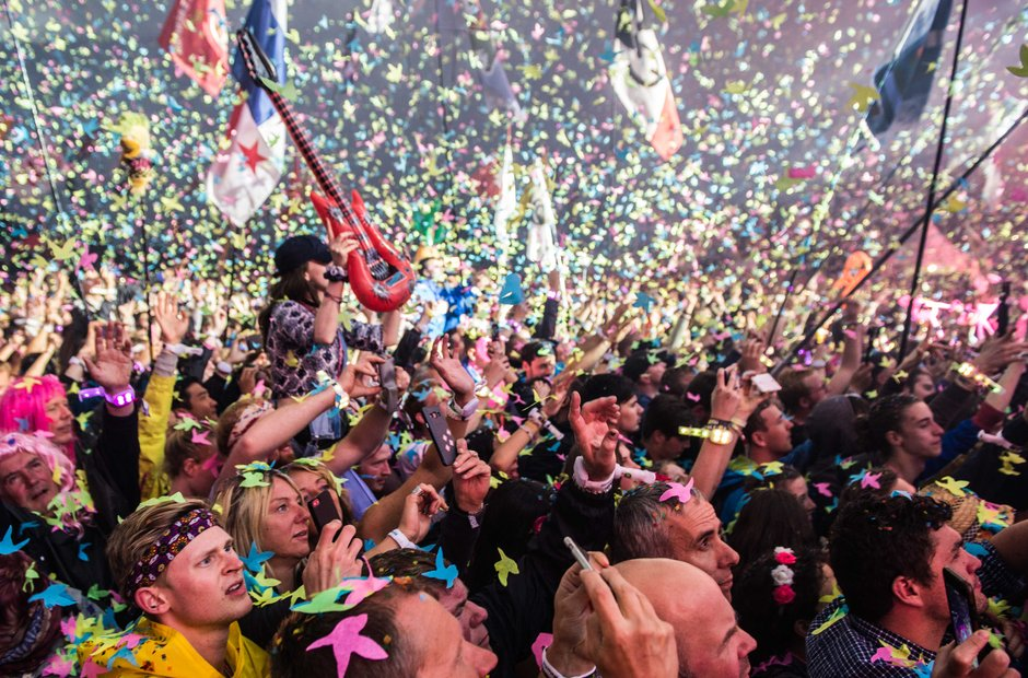 Coldplay at Glastonbury 2016