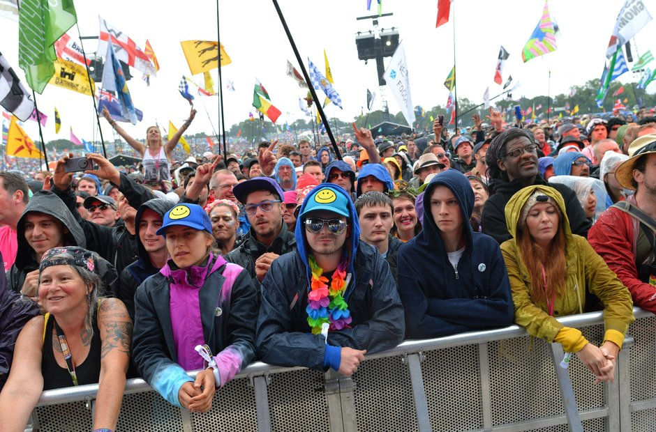 Glastonbury 2016 Sunday - Fans for ELO