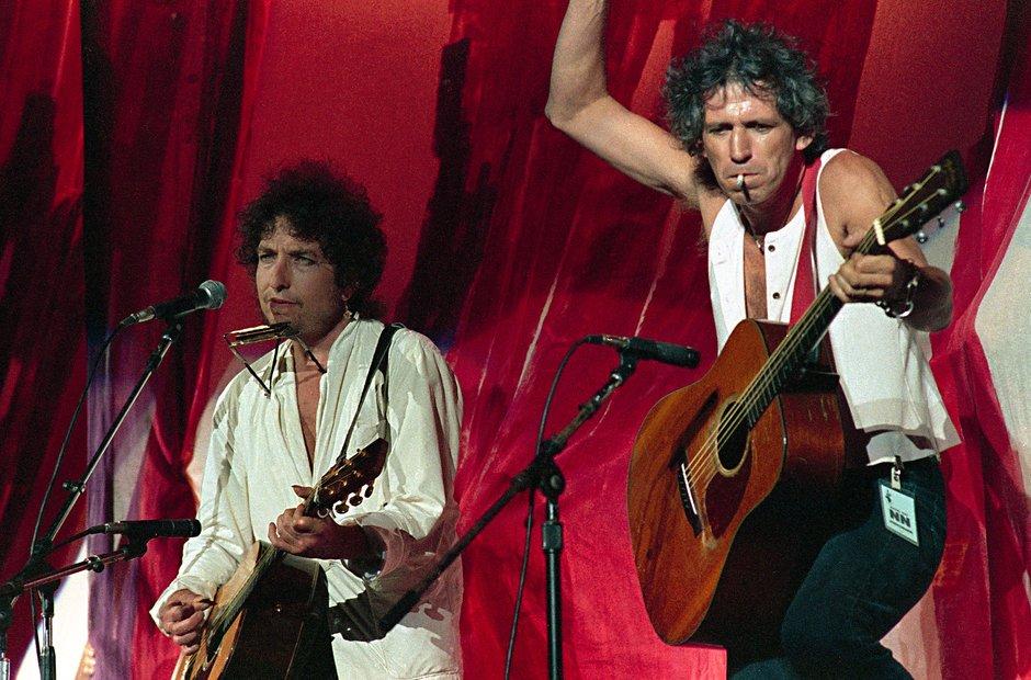 Bob Dylan and Keith Richards at Live Aid, 1985