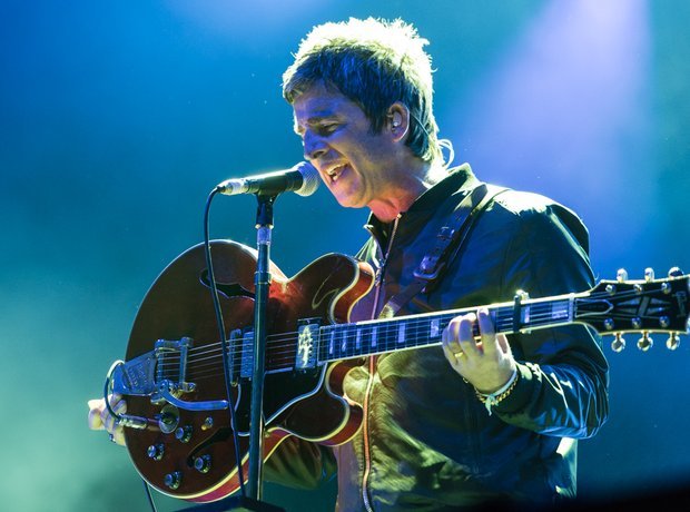 Noel Gallagher Kendal Calling Performance 2016