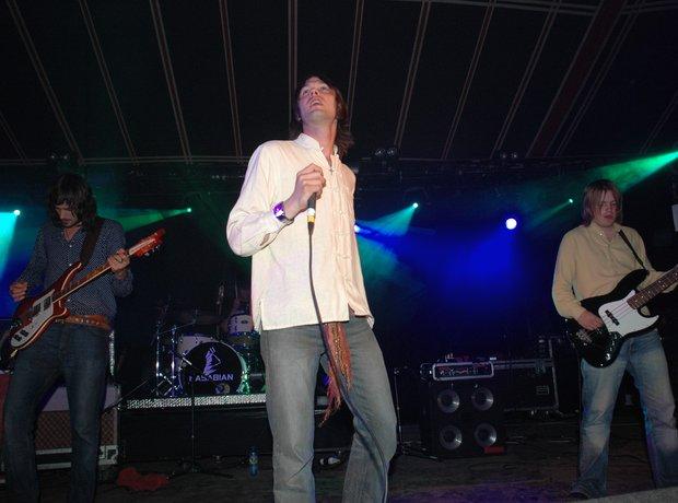 2004: Kasabian