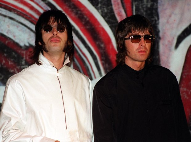 Liam and Noel Gallagher Oasis 1995