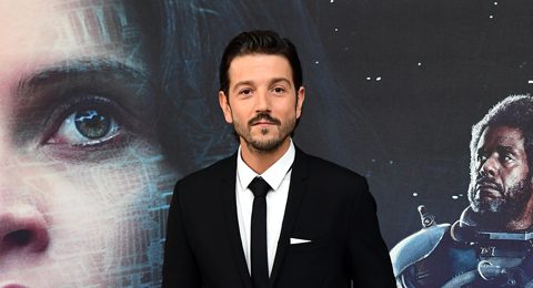 Diego Luna at Star Wars' Rogue One premiere