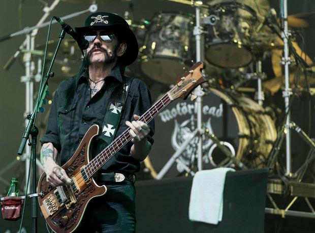 Lemmy Motorhead Glastonbury 2015