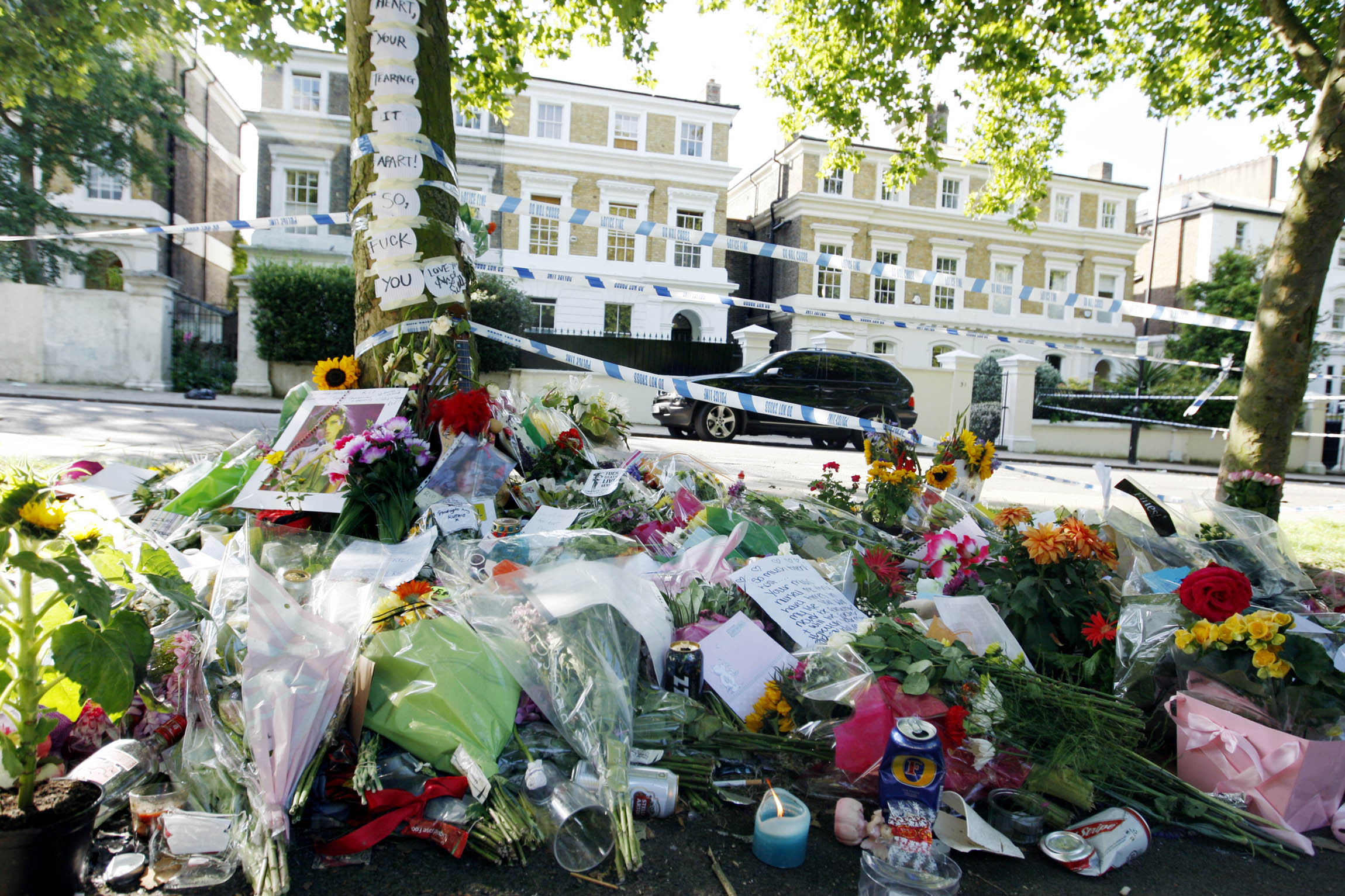 Tributes left outside Amy Winehouse's home in 2004