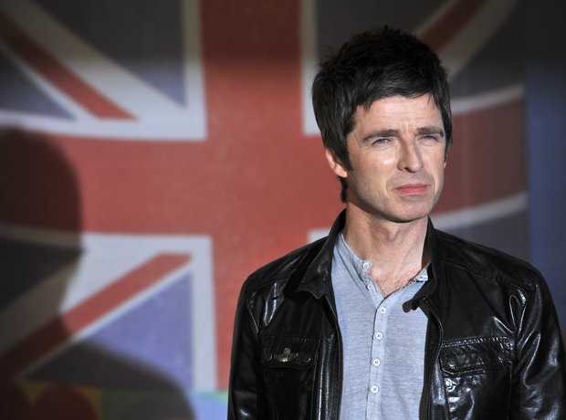 Noel Gallagher BRIT Awards 2012