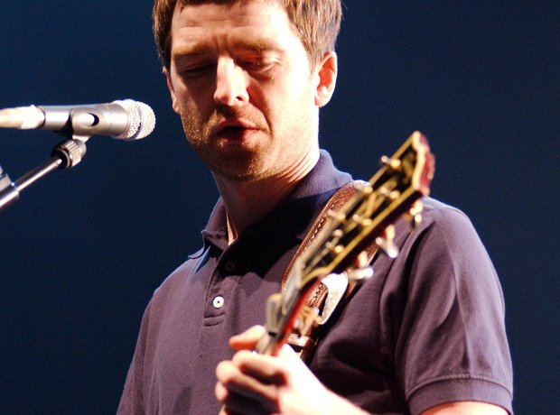 Noel Gallagher live 2003