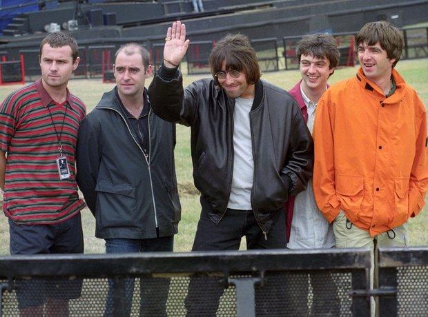 Oasis at Knebworth 1996