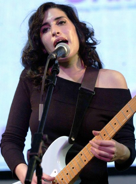 Amy Winehouse, live 2004