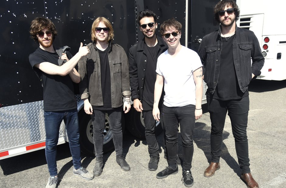 How did Nothing But Thieves get together?